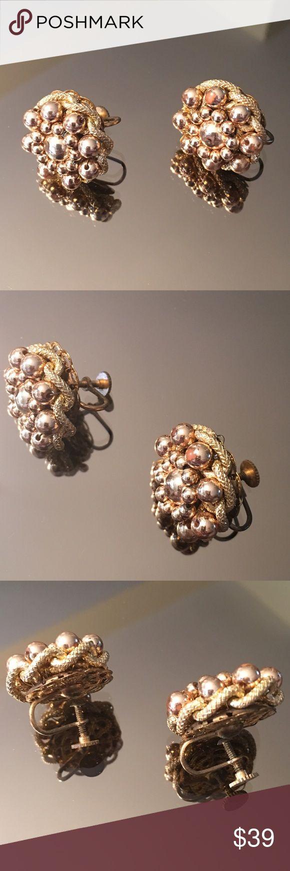 SALE! ANTIQUE 1930's SCREW BACK EARRINGS ANTIQUE 1930's SCREW BACK EARRINGS Jewelry Earrings