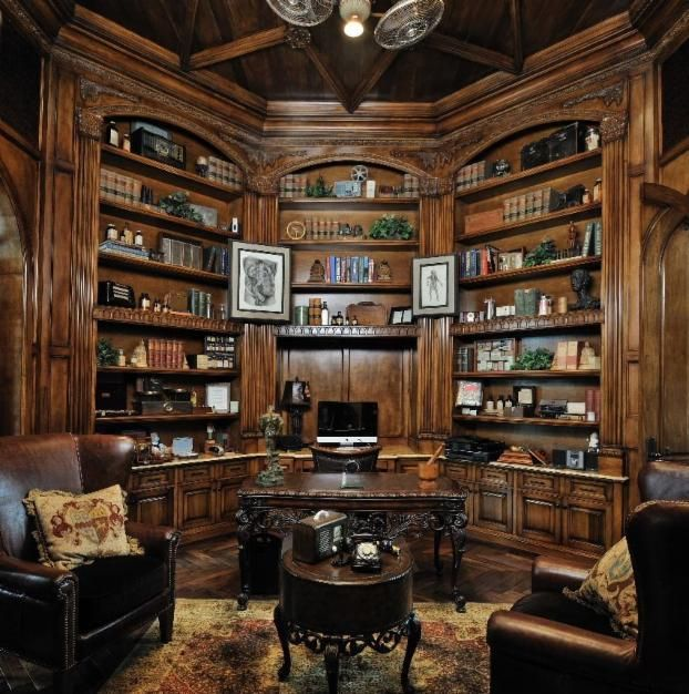 Amazing library/office in Houston. What's that they say about everything being bigger in Texas? #homeinspiration #workfromhome