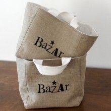 Idée à faire sur mes sacs en toile de jute..  (Panier en lin doublé en drap ancien blanc: 20x20x20 cm (35,00 €)
