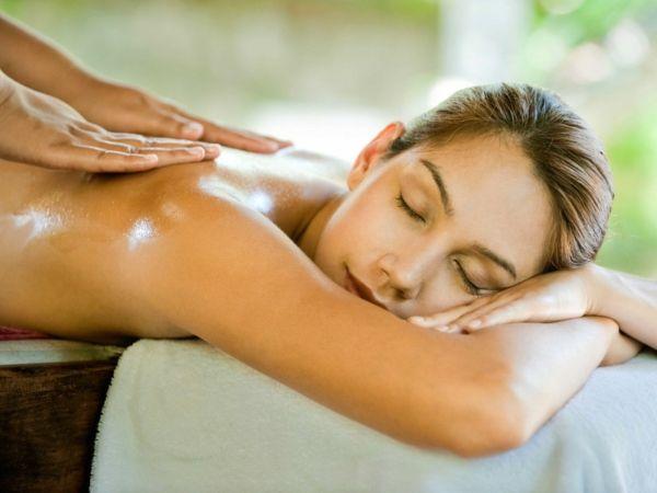 wellness wochenende massage öl entspannung