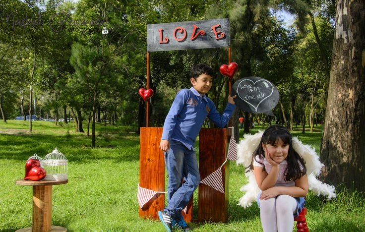 Nuestras mini sesiones de San Valentín, super divertidas, todavía estás a tiempo informes en nuestra página de Facebook. fotografía exclusiva de La clickería https://www.facebook.com/laclickeriafotoarte?ref=aymt_homepage_panel
