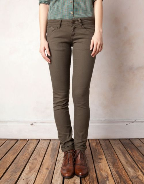 .: Skinny Jeans, Fallwint Style, Fashion Style, Tomboys Style, Color Pants, Leather Shoes, Green Pants, Grey Skinny, Green Trousers
