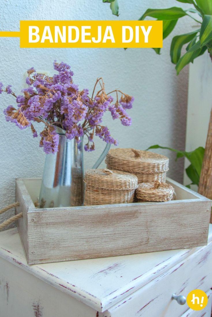 Bandeja de madera con efecto patinado ➜  Crea tu propia bandeja DIY para llevar el café, para poner encima una planta…  #DIY #Decoración #Manualidades #Handfie