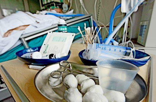 #Hochresistenter Keim im Krankenhaus Cannstatt: Intensivstation wieder geöffnet - Stuttgarter Zeitung: Stuttgarter Zeitung Hochresistenter…