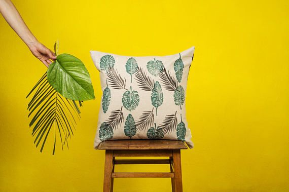 TROPICALIA LEAF -  CUSHION cover