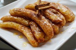 Plátano frito con miel/Honey banana fritters