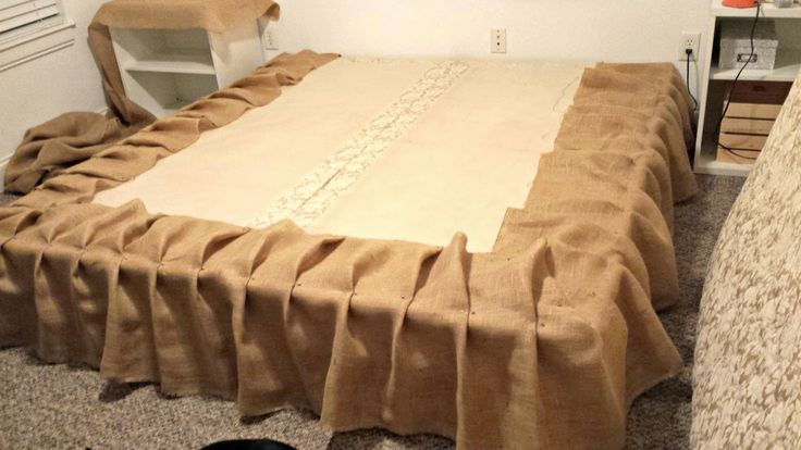 Lights, Camera, Ashli! : DIY No Sew Burlap Bedskirt Tutorial