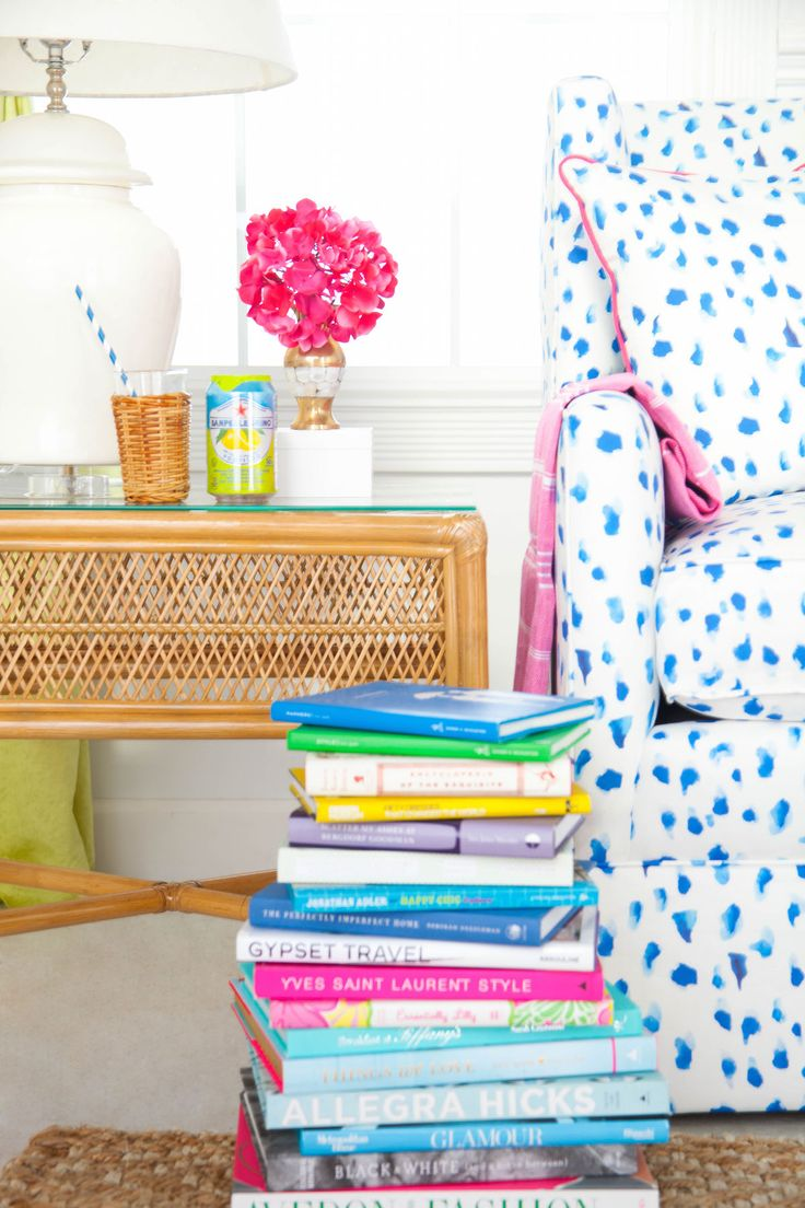 A new fabric collaboration with Inslee is available in pillows and all upholstery!