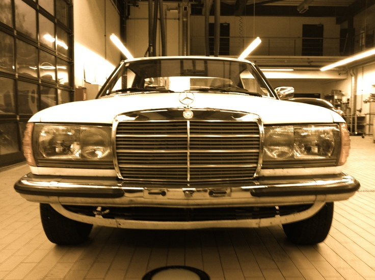 230 CE W123 1980