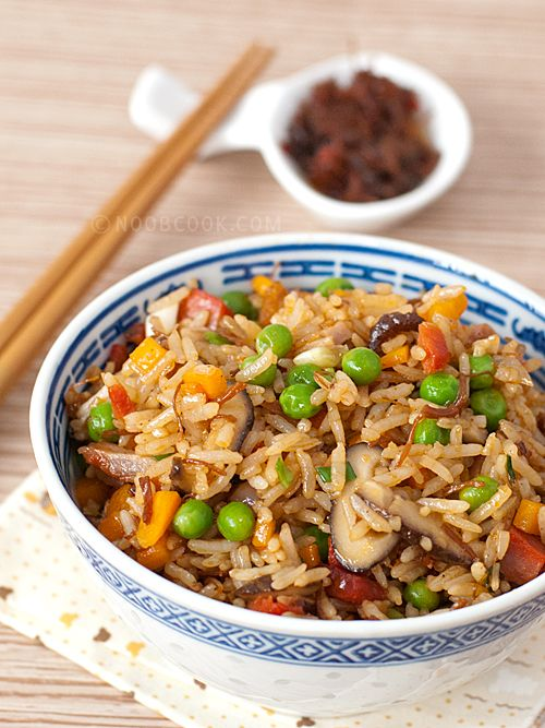 Fried Rice with XO Sauce I have been using XO Sauce for Chinese stir-fries, and recently I have also been using it in my fried rice for a more gourmet version of my usual egg fried rice. I love to cook fried rice once in a while as it is an easy and satisfying one-dish meal, great for clearing the