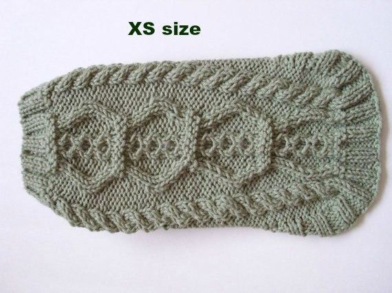 Dog sweater.  XS size. Dogs less than 5lbs by MarikaHandKnits