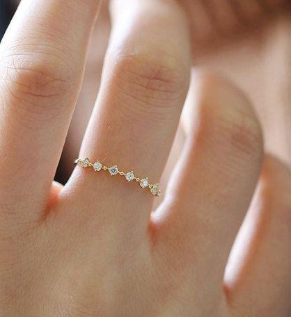 Delicate Stack Ring ~ Etsy #DiamondStudOhrringe: ElegantUnisexualität
