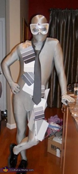 50 Shades of Grey costume- ranging from the 5 minute costume to some that will take a little more planning, these adult Halloween costumes are bound to get a few laughs at the party. Get inspired by the following Halloween costume ideas and don't settle for  a disappointing and unoriginal costume – why feel like a weeny on Halloweeny? - See more at: http://blog.nextdayflyers.com/22-easy-funny-halloween-costume-ideas-2014