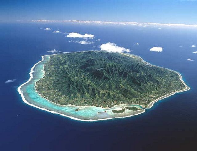 Rarotonga, Cook Islands. I want to go back!So enjoyed walking across the middle of the island.