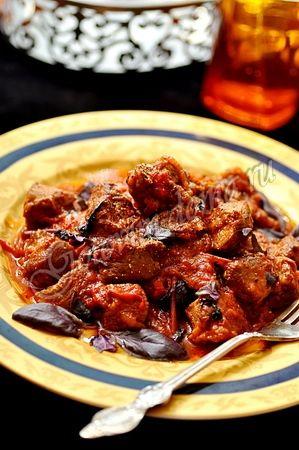 Рагу из баранины с болгарским перцем и томатами - Lamb ragu