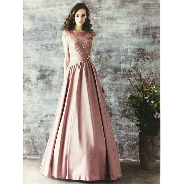 ♬Stage Dress Fair🎶 第三弾もスタートしました‼︎ カラードレスが10~60%offになる半年に一度しかないとってもお得なチャンス♡ 6/11(木)〜 6/14(日)開催店舗 *天王寺MIO店 *長野MIDORI店 *仙台エスパル店 *札幌パルコ店 今週はこちらの4店舗になります。 お近くの方はぜひぜひお立ち寄りください☺︎ #AIMER#カラードレス#お色直し#ステージ#演奏会