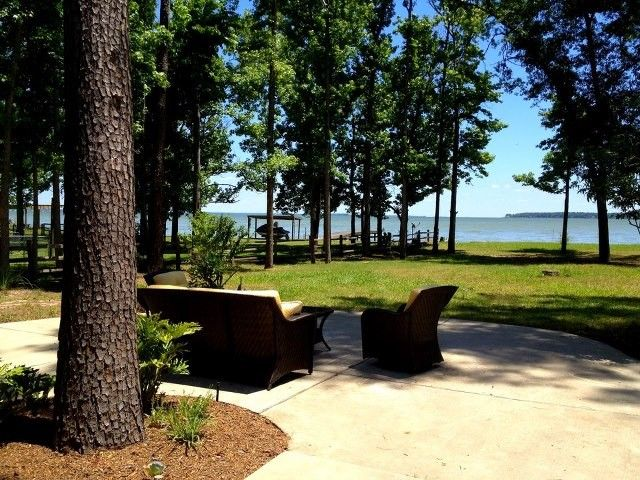Coldspring Cabin Rental   Your View Of The Lake From The Patio