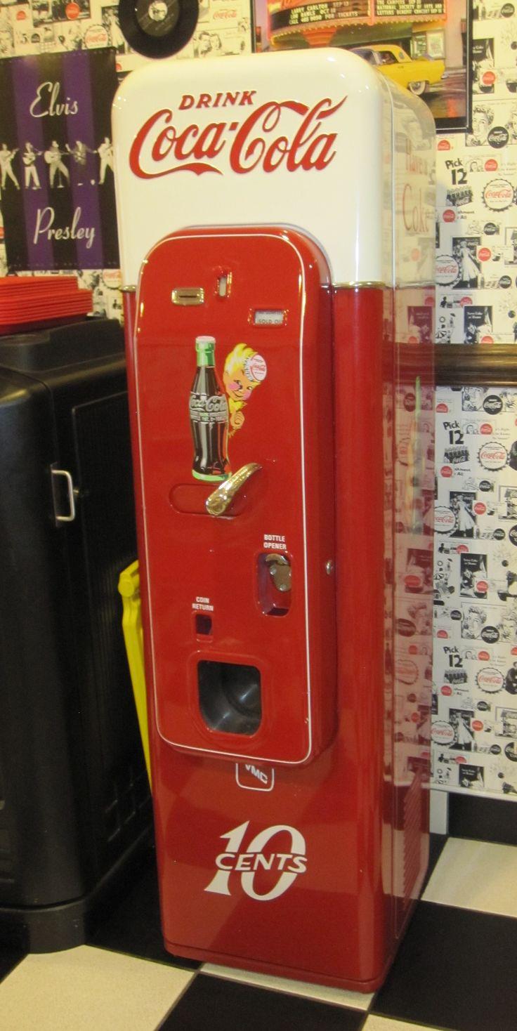 *COKE MACHINE ~  Manchester, CT