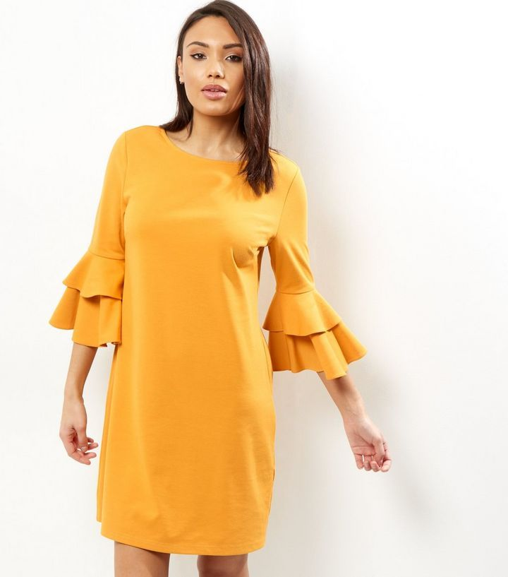 Robe tunique jaune à manches pagode superposées | New Look