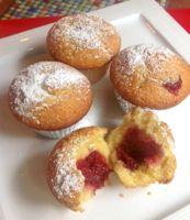 Corn Muffins with Guava - Bolinho de Fuba con Goiabada