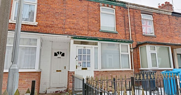 Article Via Hull Daily Mail: Inside the spacious Hull home for sale for just £55,000    http://Hullmoneyman.com Offer Mortgage Advice in Hull & Surrounding Areas    Article Link Here: https://www.hulldailymail.co.uk/news/property/inside-spacious-hull-home-sale-1320231    #MortgageAdvice #Hull
