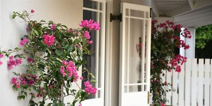 Vuurberg Property - Vuurberg Property is located in a leafy upmarket town called Stellenbosch. This modern self-catering house can accommodate up to five guests and features a fully equipped kitchen with an oven, a microwave, ... #weekendgetaways #stellenbosch #winelands #southafrica
