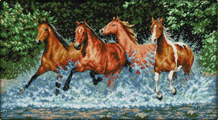 D2241 Vier paarden in het water voorbedrukt 77x46cm