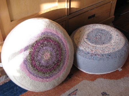 The beautiful floor cushions are handmade with recycled cotton thread, upcycled with waste fabrics and normal cotton thread. Each peace is unique!