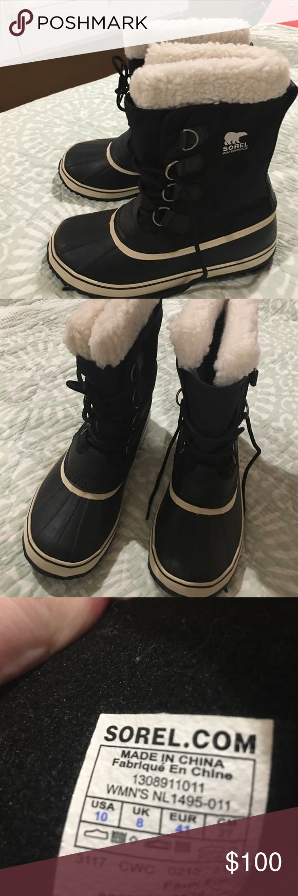 Sorel snow boots black size 10 Worn once. Practically new. Sorel Shoes Winter & Rain Boots