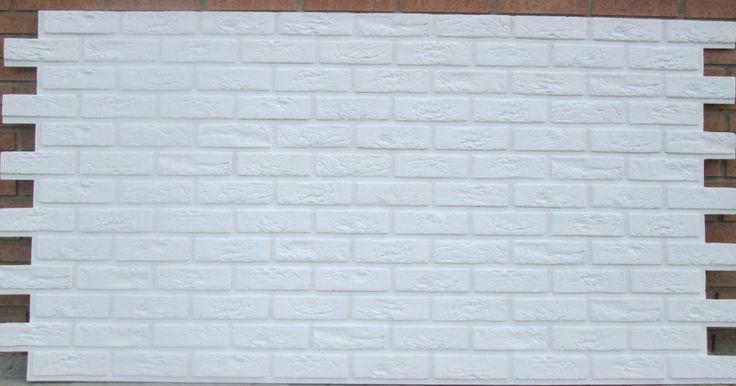 Paneldeco, empresa valenciana dedicada a la fabricación de paneles decorativos de poliuretano, lanza una oferta de su nuevo modelo Ladrillo Bristol XL Blanco Total (acabado con junta blanca, al igual que el ladrillo).