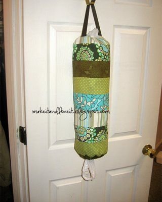 Plastic bag holder - why didn't I think of that??: Plastic Bag Holders, Grocery Bags Holders, Idea, Sewing Projects, Fabrics Scrap, Plastic Bags Holders, Sewing Machine, Scrap Fabrics, Crafts
