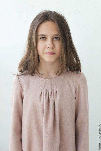Dress for girl / Одежда для девочек, ручной работы. Ярмарка Мастеров - ручная работа. Купить Детское платье из розовой шерсти, с защипами и пуговицами. Handmade.