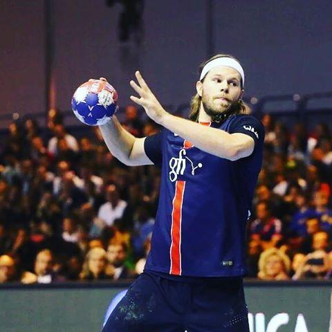 VICTOIRE du @psghandofficiel de @mikkelhansen24 en @ehfcl face au @thw_kiel !!!! #handball #PSG