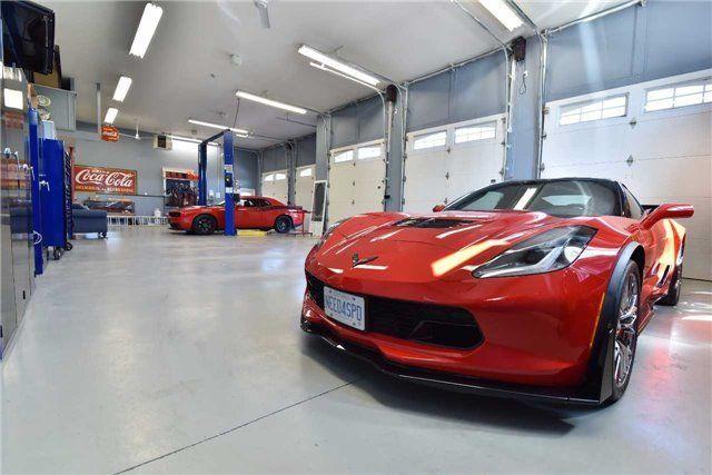5 car garage. Every man's dream!