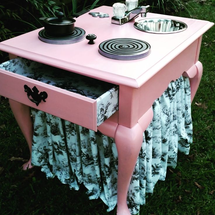 Curb Alert! : Old Endtable Upcycle: Sweet Pink Play Kitchen