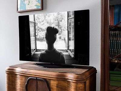 screencover tv abdeckung frau am fenster #Plasma TV #LED TV Hülle #LCD TV Schutz #Fernseh Cover