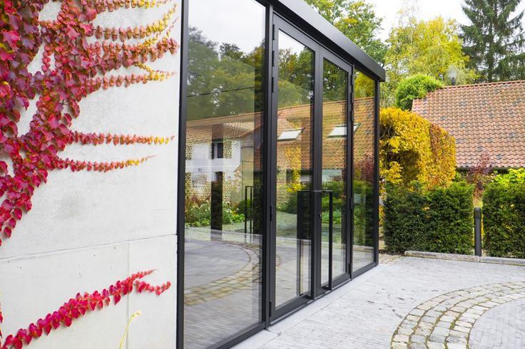 Porte noire en aluminium | Belisol