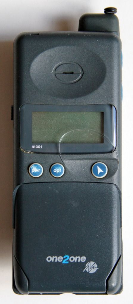 Motorola m301 - Mercury One2One (1994) then in 1999 became T-Mobile