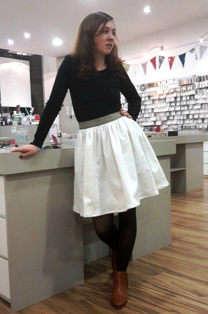 Les 25 meilleures id es de la cat gorie tuto jupe sur pinterest patron couture couture et - Patron couture jupe gratuit ...