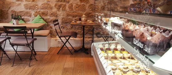 ✖ HELMUT NEWCAKE (gluten free / Brunc) 36 rue Bichat 75010 Paris Tél : +33 9 82 59 00 39 Sur réservation / On booking, 09 82 59 00 39.