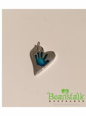 Gorgeous, lovely, hand print silver charm by the fab Beanstalk Keepsakes.  An adorable way to treasure your little ones hand print as jewellery.