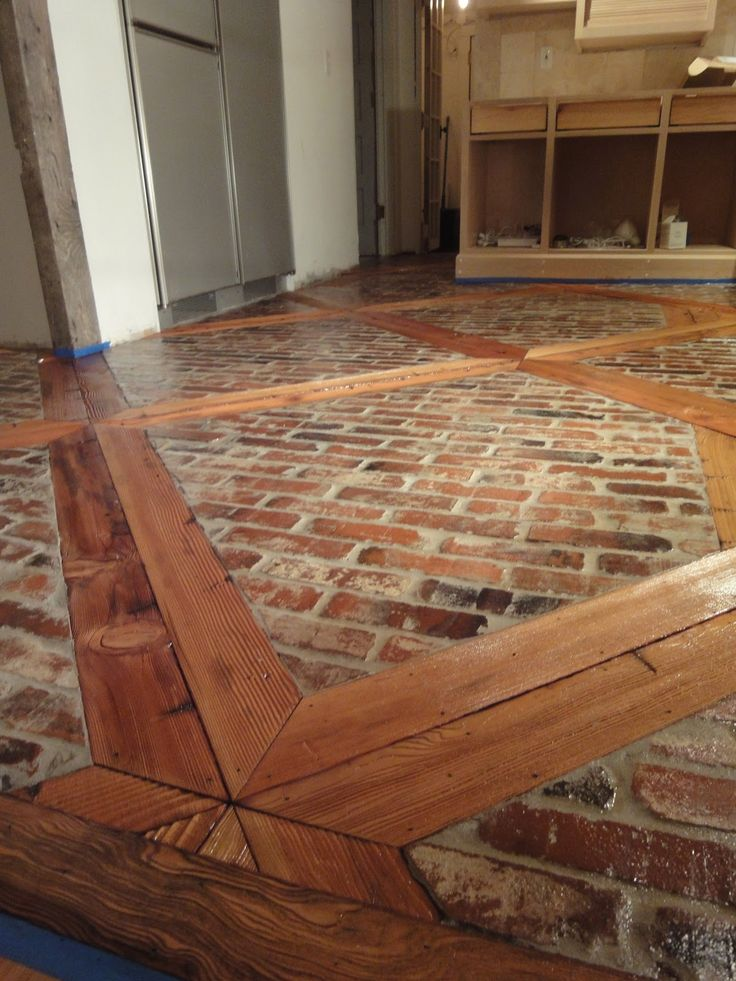 Sandblasted 2 x 4 and brick floor - awesome photos step by step! 1900 Farmhouse…