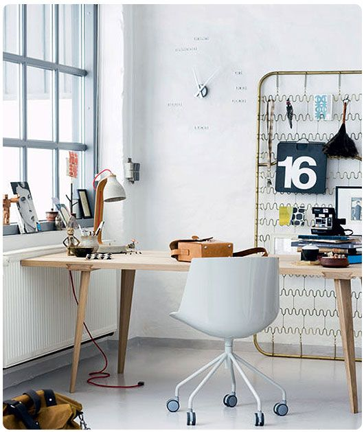 die besten 25 metallkorb tisch ideen auf pinterest runder foyer tisch franz sischer konsolen. Black Bedroom Furniture Sets. Home Design Ideas