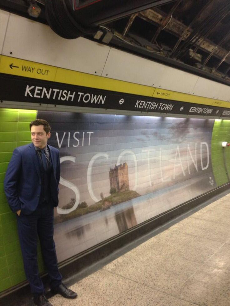 Richard Rankin bts 2014 of Silent Witness • @EmiliaFox on Twitter: 'Hard at work for the Scottish tourist board?'