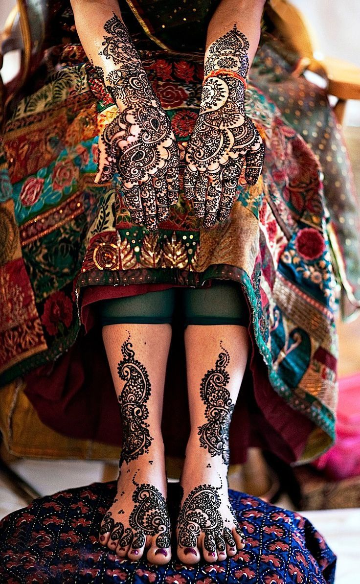 Bridal Mehndi Designs Peacock Hands and Feet Designs for Full ...
