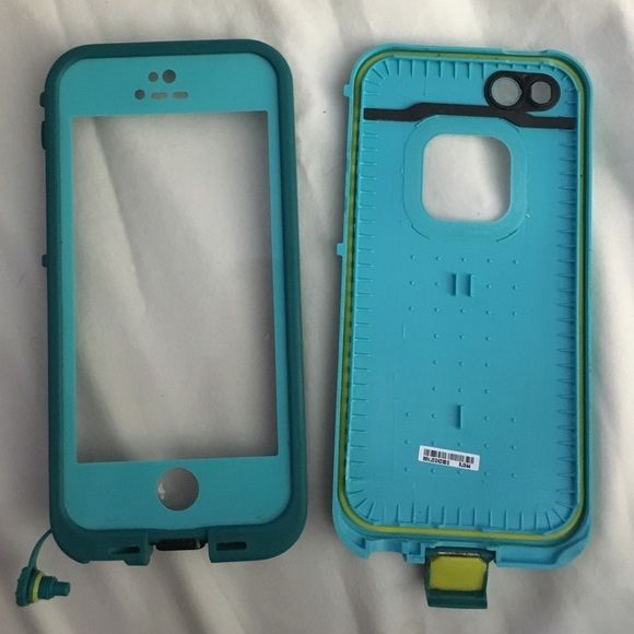 iPhone 5s life proof case iPhone 5s life proof case. Signs of wear with small scratches and small nicks on the case but still waterproof. Case only no accessories included. LifeProof Accessories Phone Cases