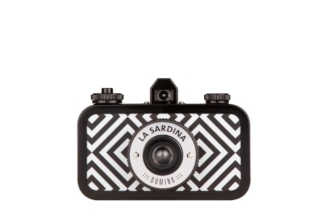 """la sardina.    effortlessly classy and stylish in its monochromatic diamond pattern, la sardina domino """"pattern edition"""" boasts multiple-exposure capabilities and a smooth-scrolling rewind dial.  it's exceptionally talented in producing gorgeous photos."""