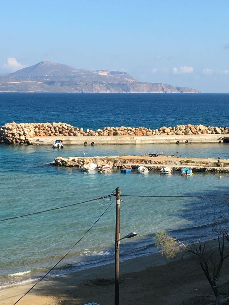 Le petit port d'Almyrida, en contre bas des appartements ALMYRIDA SANDS.(almyrida.sands@gmail.com)