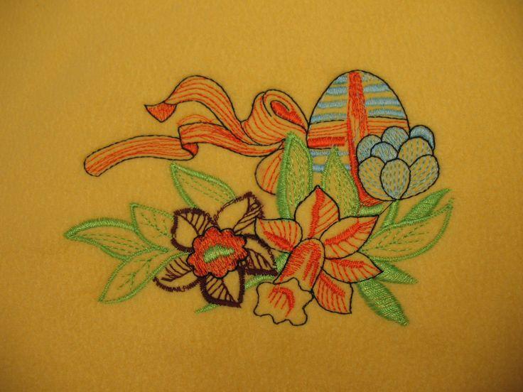 A+húsvét+a+kereszténység+legfontosabb+ünnepe,+de+a+tavaszvárás,+a+tavasz+eljövetelének+ünnepe+is,+nagyon+sok+hagyományos+elemmel,+köztük+pl.+a+húsvéti+tojással.A+tojást+az+ősi+hiedelem,+a+mágikus+világkép+az+élet,+a+lélek+székhelyének+tartotta,+az+örök+megújulás,…