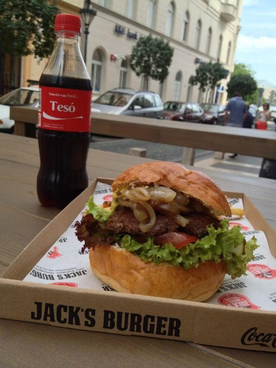 Jack's Burger in Budapest, Budapest